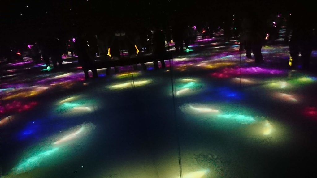 Drawing on the Water Surface Created by the Dance of Koi and People - Infinity